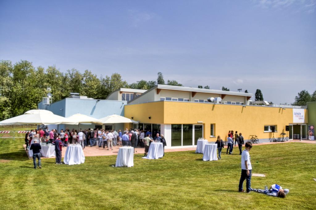 Inaugurazione piscina comunale non saremo il partito dei for Piscina lainate